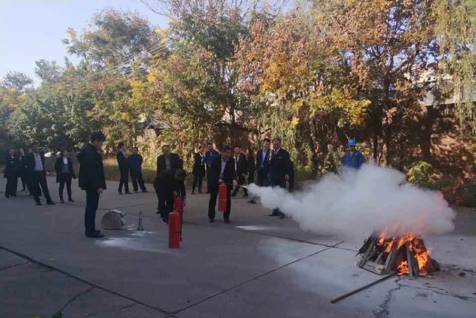 足球天天直播间天天直播足球公司开展消防安全现场培训