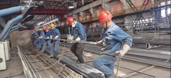 西钢红光公司网笼加工再破月产历史记录
